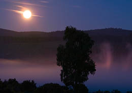 Moonlight and mist on the River Dee